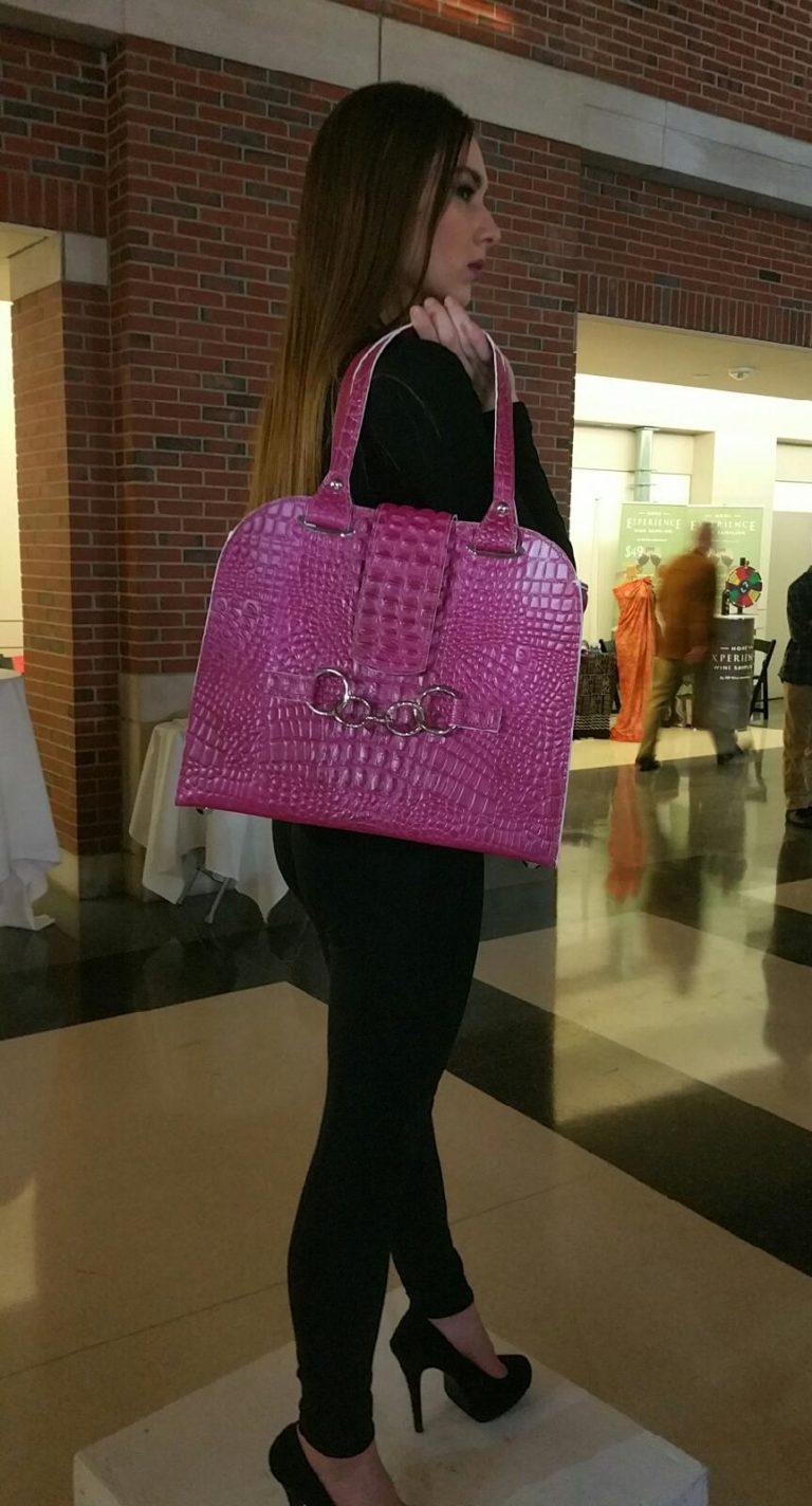 Beau Satchelle fuchsia tote at RAINN Fashion January 21 2017