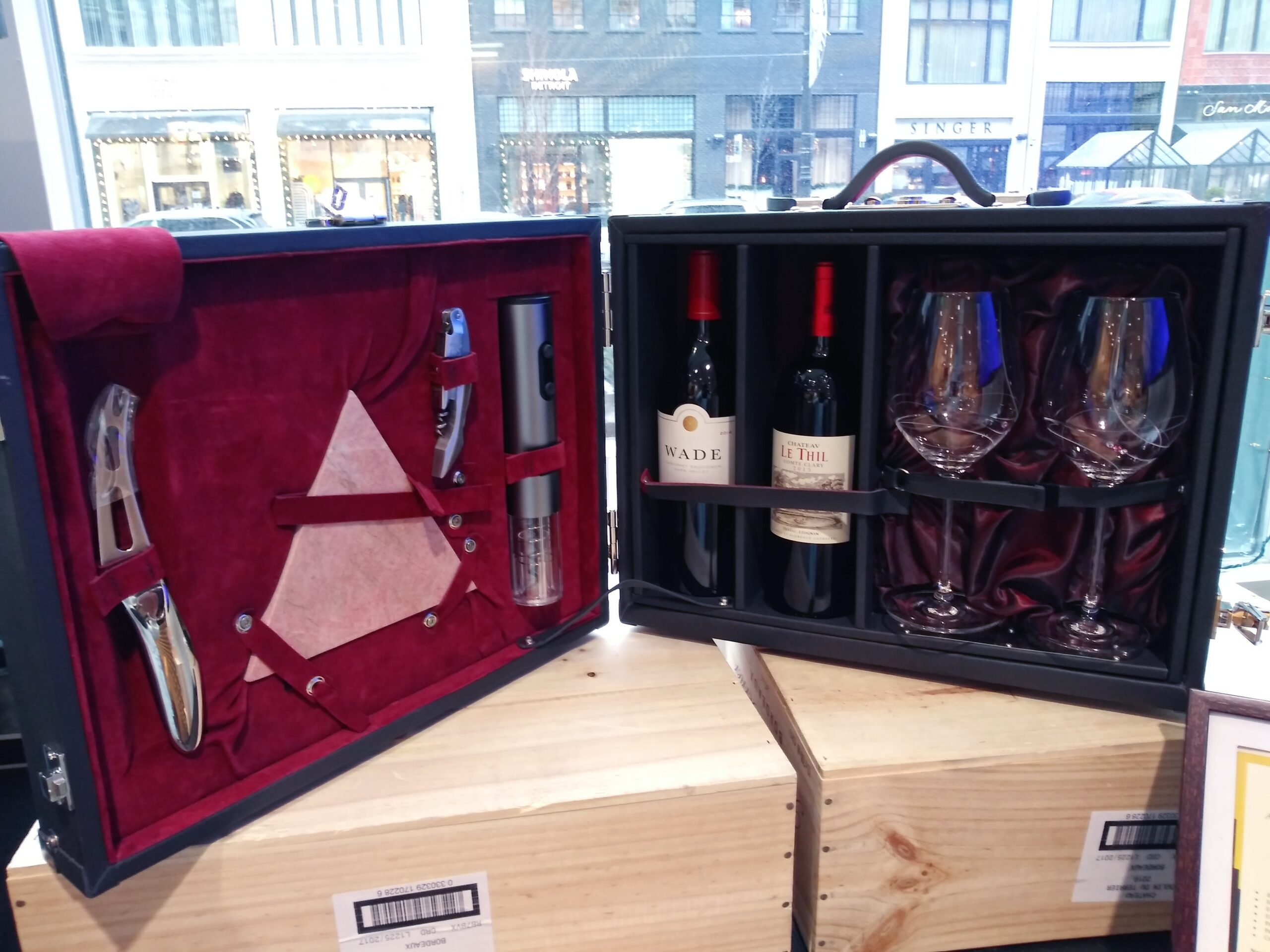 New Bespoke Product Reveal:  2021 Signature Edition Bordeaux Wine Case